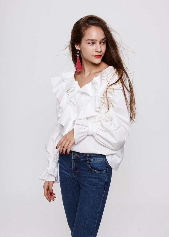 8508280614b White Ruffle Blouse – Xquisite Beauty Salon